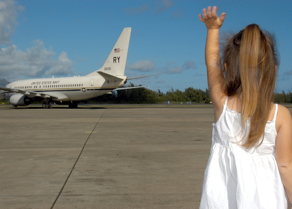 Πετώντας με παιδιά: Συμβουλές για πτήση χωρίς στρες