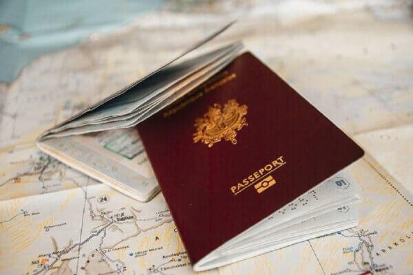 ελληνικά διαβατήρια