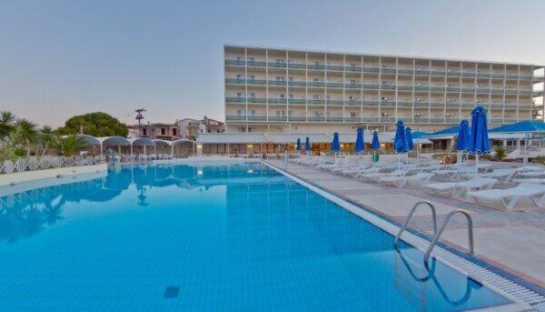 Ξενοδοχεία με Ημιδιατροφη 1